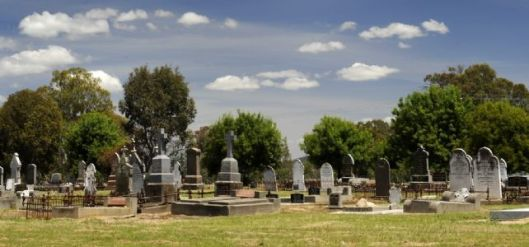 11/11/2011 NEWS: Greta. Ned Kelly Burial.