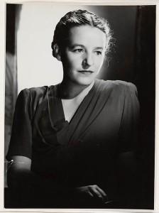 Dymphna_Cusack,_1947